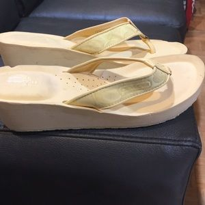 Coach summer sandals size 10 womens